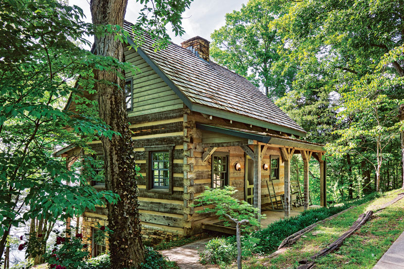 Hand hewn log homes cabins hearthstone homes for Hewn log cabin kits