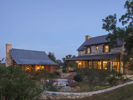 hand hewn log homes