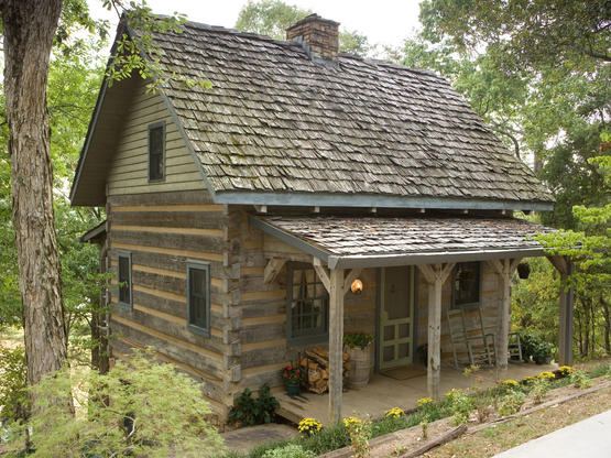 Hand hewn projects hearthstone homes for Hewn log cabin kits