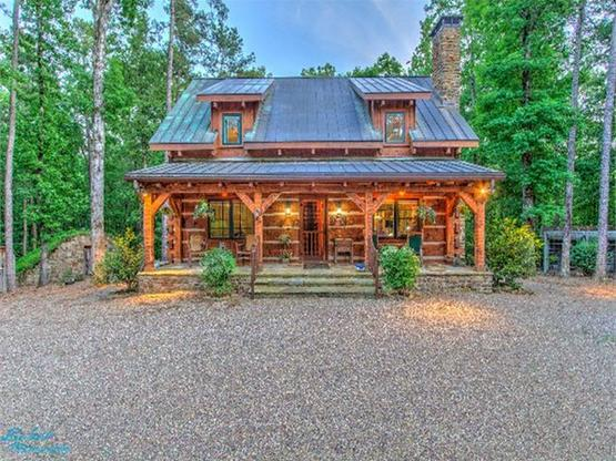 Luxury log homes hearthstone homes for Home builders arkansas