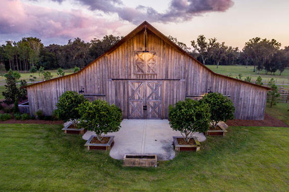 Timber frame barn in ocala fl hearthstone homes for Log barn homes